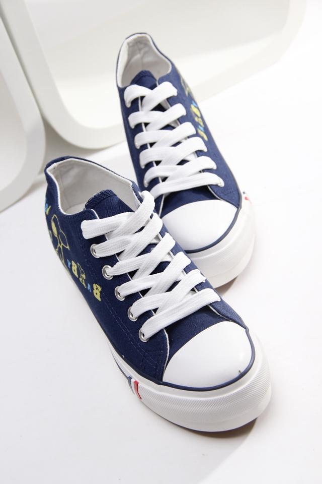 韩版卡通狗帆布鞋