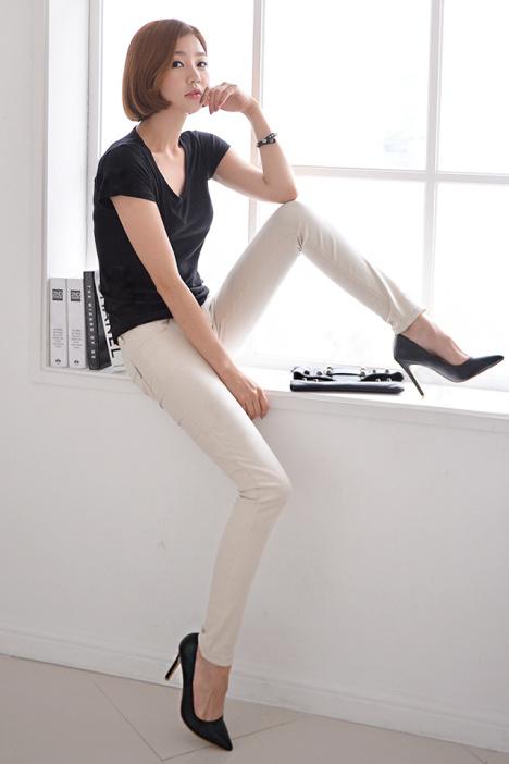 少女装_24mg秋装新品显瘦铅笔小脚裤