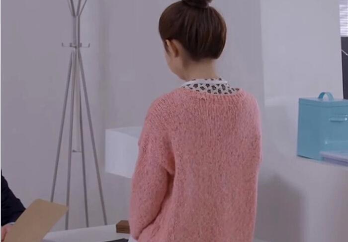 14秋杉杉来了赵丽颖同款粉色毛衣