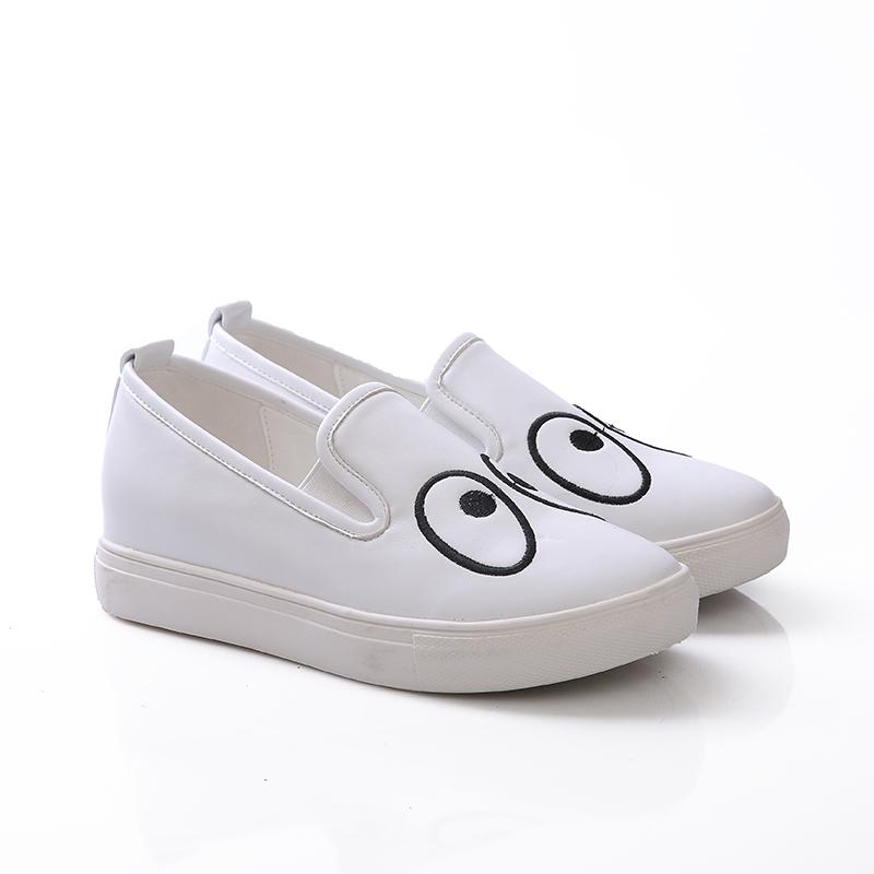 可爱卡通平底单鞋厚底