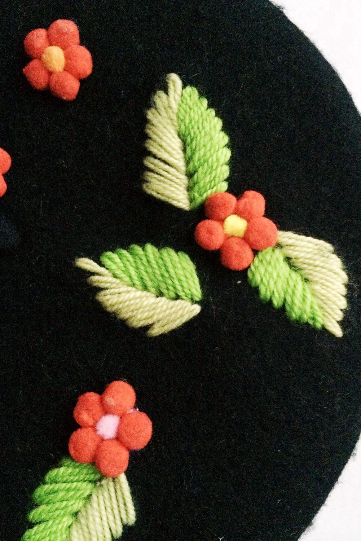 立体刺绣花贝雷帽