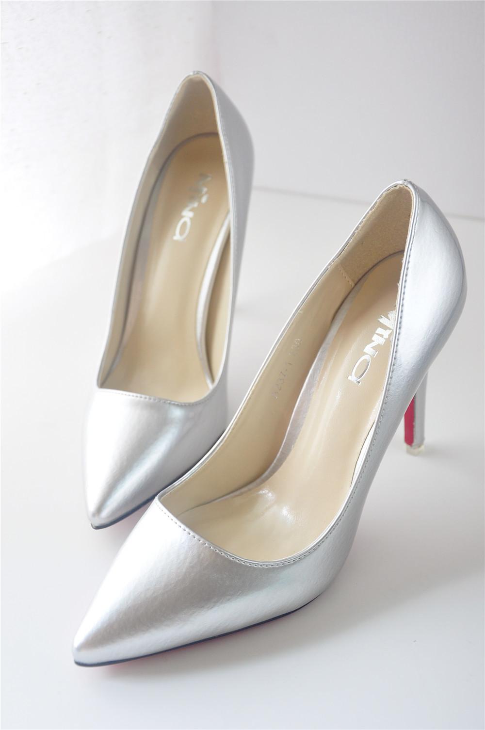 韩国代购尖头细跟高跟鞋 美丽说