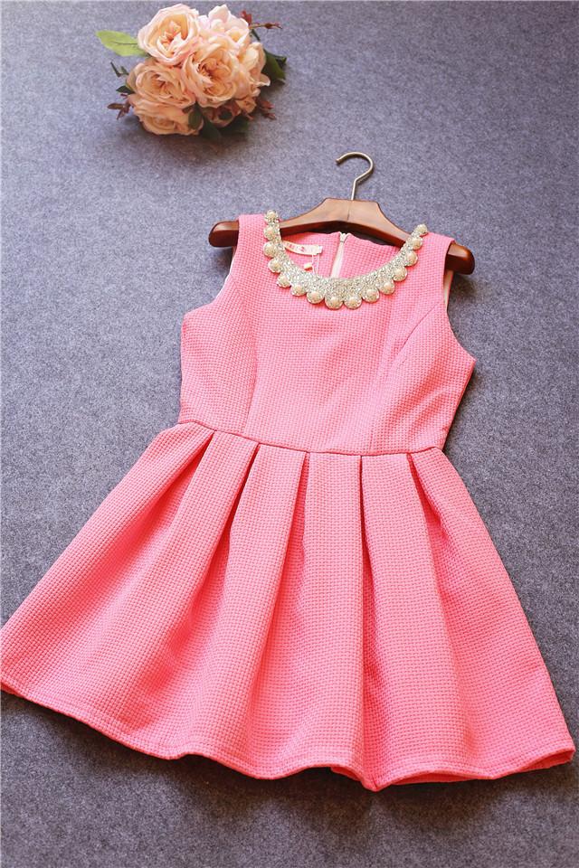 长裙设计图手稿素描带珍珠