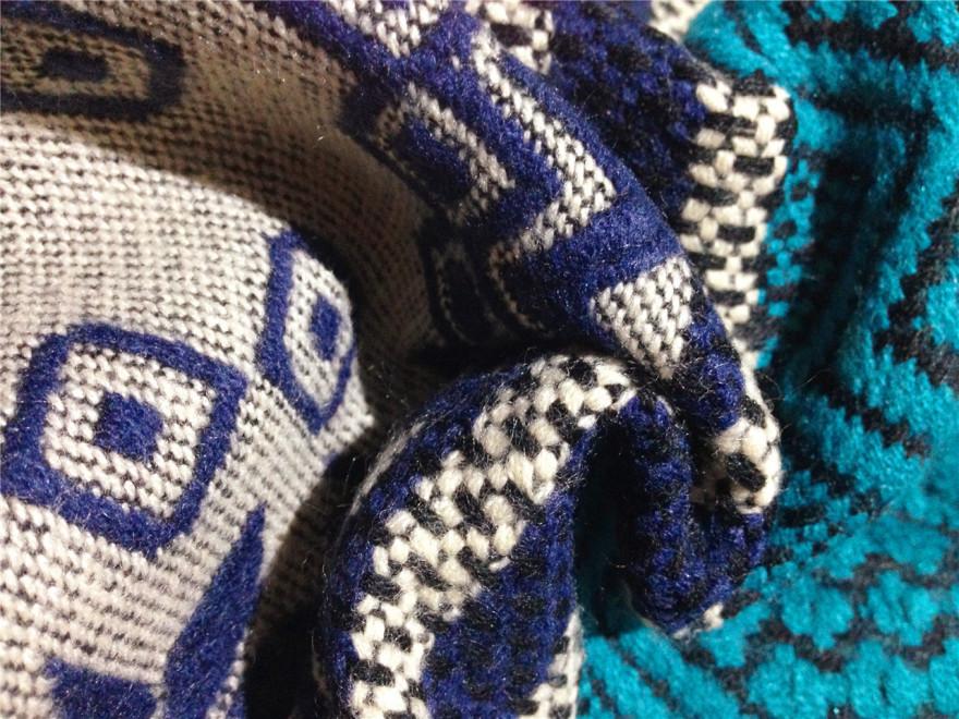 外贸原单几何图形撞色编织围巾