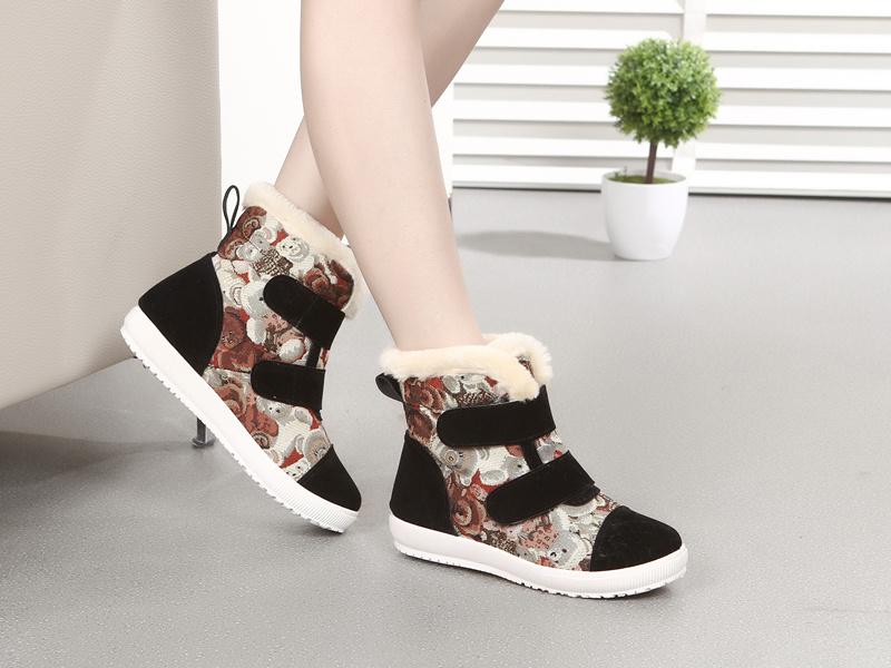 【萌兔兔】可爱小熊加绒保暖短靴