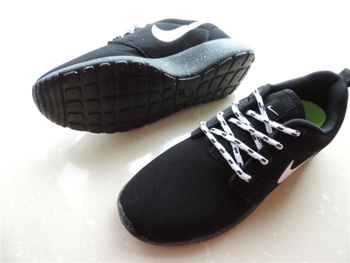 耐克伦敦奥运低帮泼墨运动鞋
