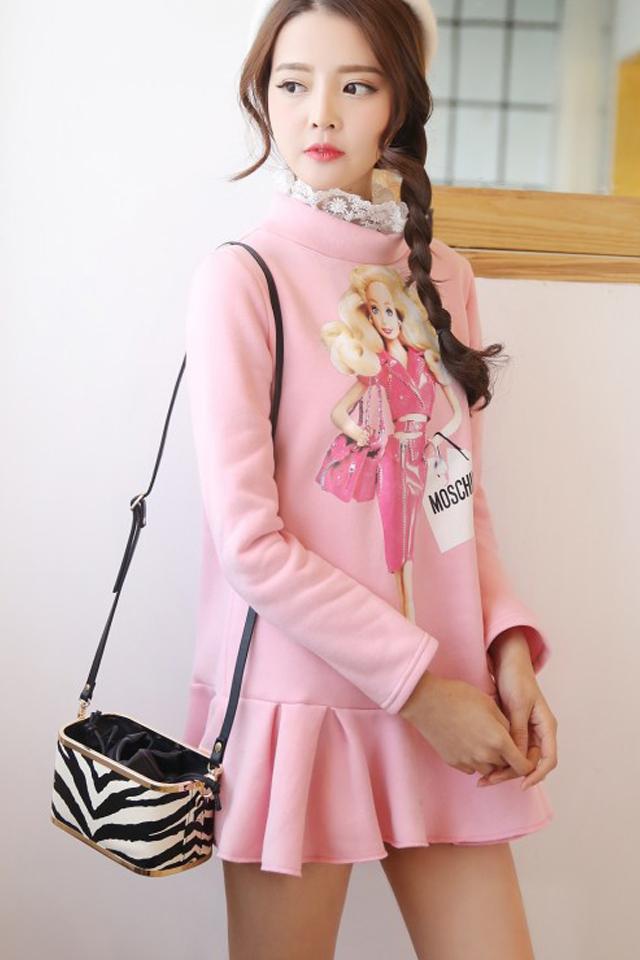 甜美可爱 似简单而又复杂的经典设计 有点小俏皮的味道 甜美芭比娃娃