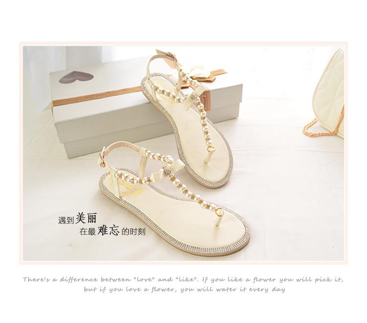 小香风串珠平底凉鞋-来自蘑菇街优店