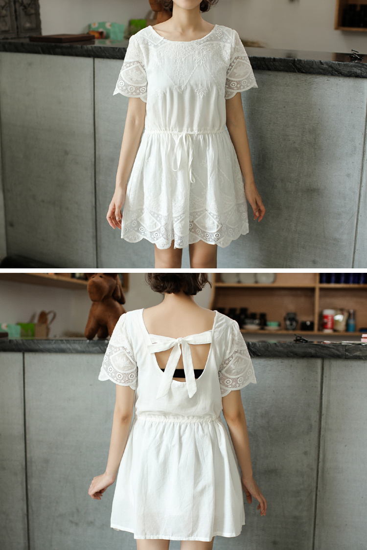 纯棉镂空后背系蝴蝶结白裙子