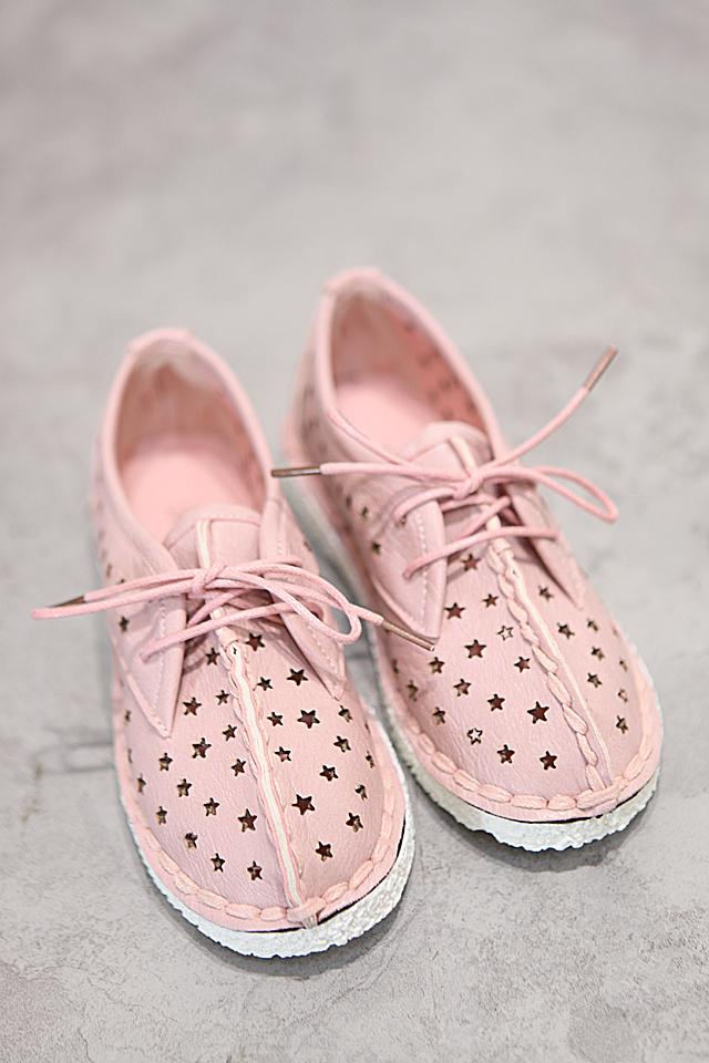 [慕斯玛朵]猪头镂空包头凉鞋