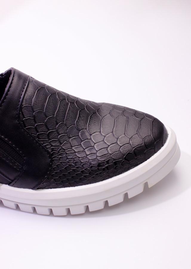 舒适超然铆钉防狼鞋可视金属v铆钉