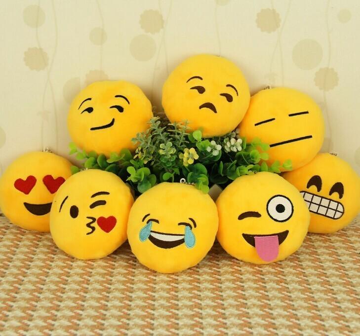 新款 可爱表情emoji 毛绒钥匙扣~迷你抱枕造型