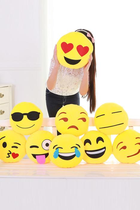 【超萌可爱韩国emoji qq表情抱枕】-家居-居家布艺