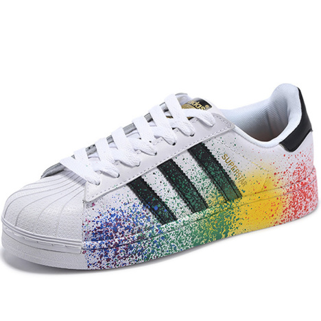 阿迪达斯三叶草贝壳头板鞋多少钱