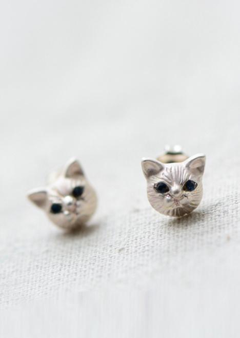 【可爱猫头镶钻耳钉】-配饰-女士配饰