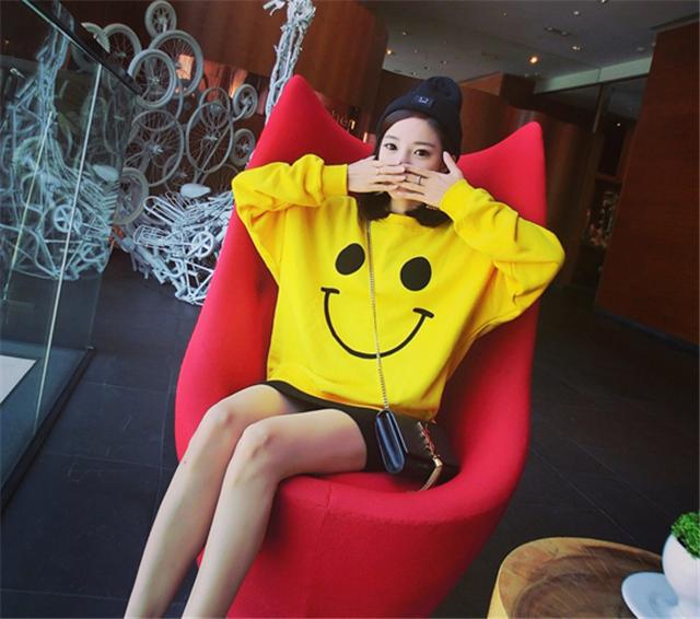 韩版可爱笑脸套头卫衣上衣女生