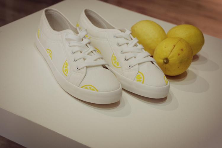 【墨和原创手绘系列 小白鞋