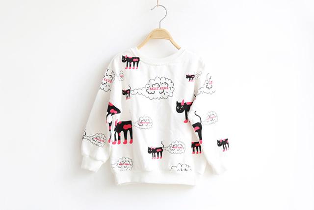 商品描述 新版新款,超级可爱清新的猫咪卫衣,清新可人的衣服,爱死啦
