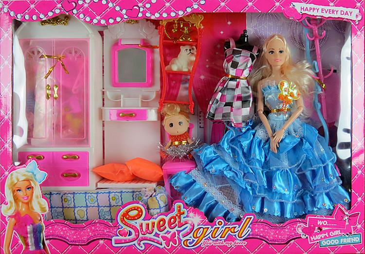 优质芭比娃娃套装图片