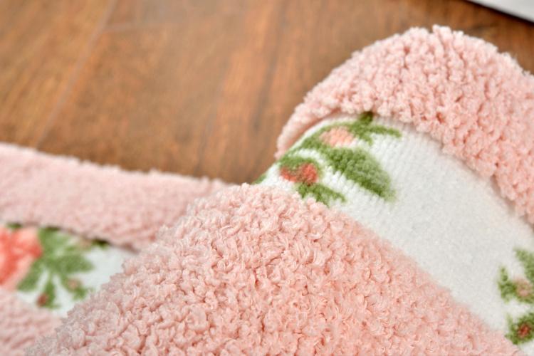 【欧式简约田园立体绣花玫瑰花朵椭圆地毯垫