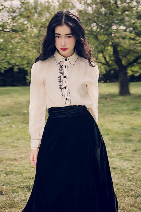 【【郝月上树】2016复古怀旧刺绣米白衬衫裙套装】