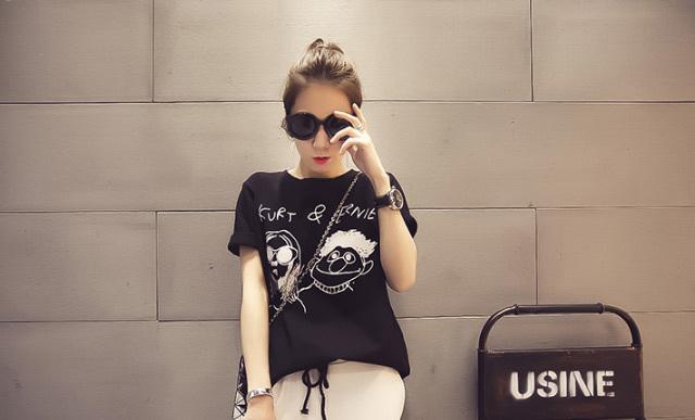 【2016春装新款女装韩版个性头像涂鸦短袖t恤】-衣服