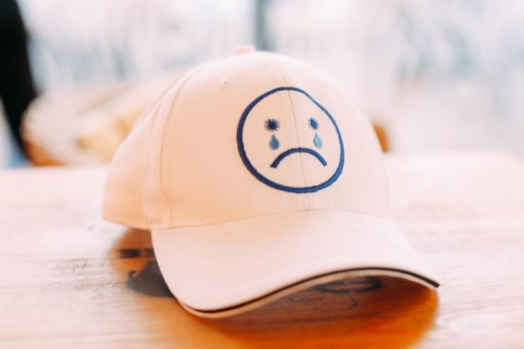 不开心哭脸图片可爱