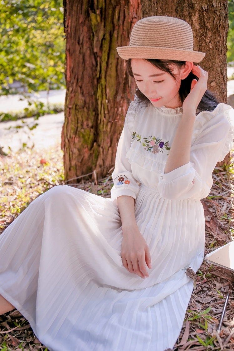小清新森女复古雪纺连衣裙