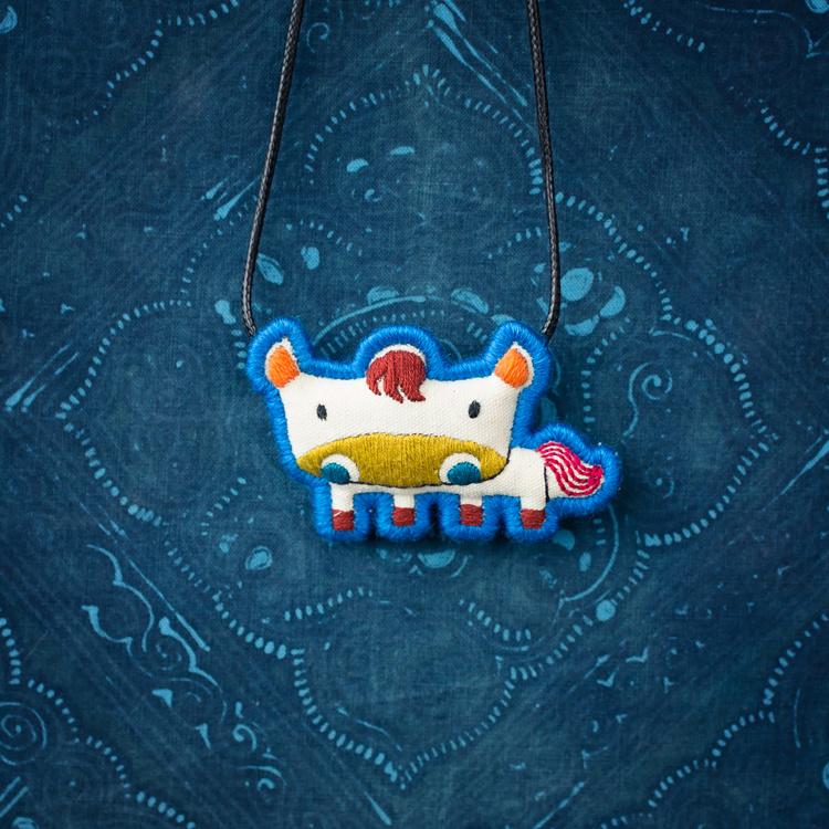 王的手创 十二生肖项链原创纯手工刺绣民族风棉麻配饰本命年饰品